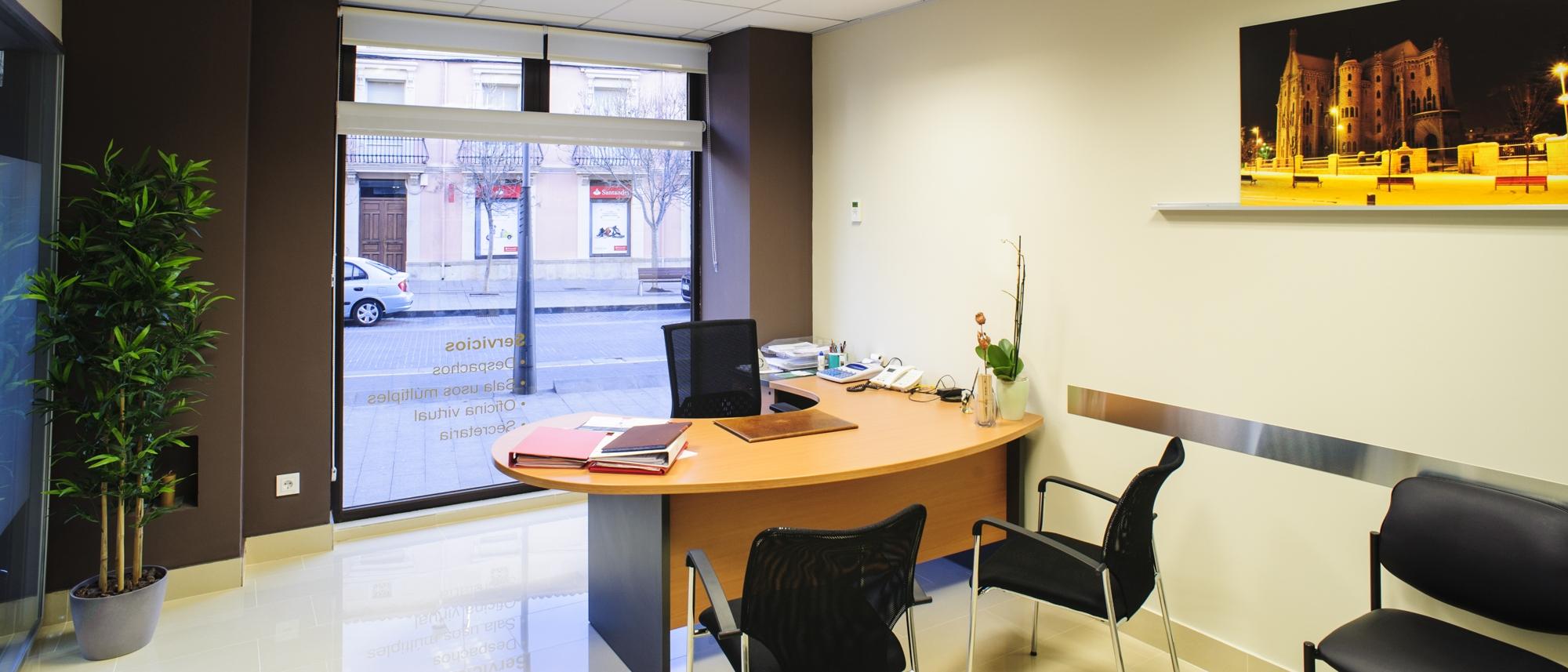 Alquiler de despachos su oficina al instante quatro for Alquiler de mobiliario de oficina